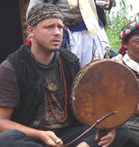 marius_e._hannig_drumming_web_klein